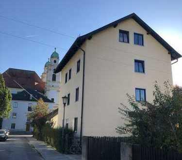 Ruhig gelegenes Mehrfamilienhaus mit Potenzial