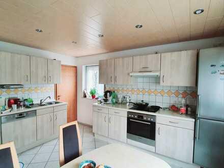 Schöne helle 3 Zimmer Wohnung