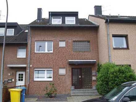 **MIETKAUF! 3-Parteien Mehrfamilienhaus im Herzen von Korschenbroich!!**