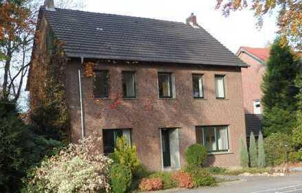 Schönes, geräumiges Haus mit sechs Zimmern in Schermbeck