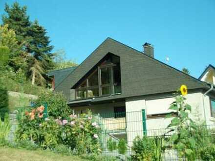Erstbezug nach Sanierung: schöne 4-Zimmer-Dachgeschosswohnung mit Balkon in Bad Münstereifel
