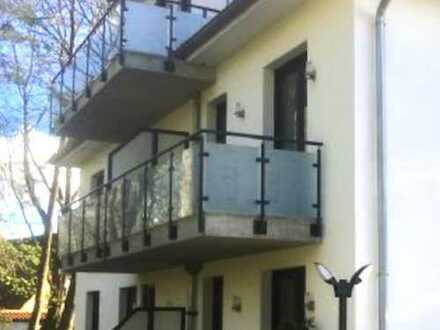 Das Leben im Grünen genießen: Helle Wohnung mit Balkon zum Alsterlauf