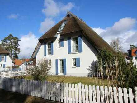 Usedom - Charmante reetgedeckte Doppelhaushälfte