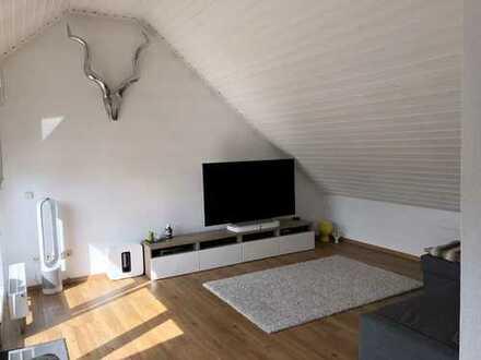 Schöne helle DG-Wohnung mit hübscher Dachterrasse in Linsengericht-Lützelhausen