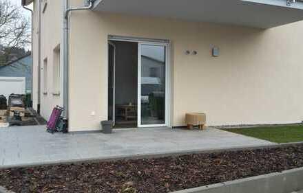 TOP-Neubau 2-Zimmer-EG-Wohnung mit Terrasse und EBK in Laaber