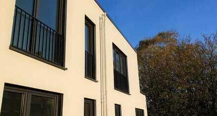 4 Zimmer, 2 Bäder, Loggia, Balkon, zentral, hell, TG: hygge+17 Miete