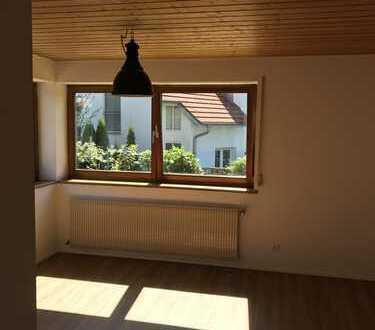 Erstbezug nach Sanierung mit Einbauküche und Balkon: exklusive 1,5-Zimmer-Wohnung in Ravensburg