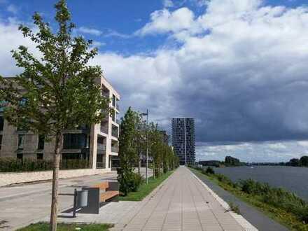 Wohnen mit Weserblick - schicke 2,5 Zi. Terrassen Wohnung im Magellan Quartier Überseestadt