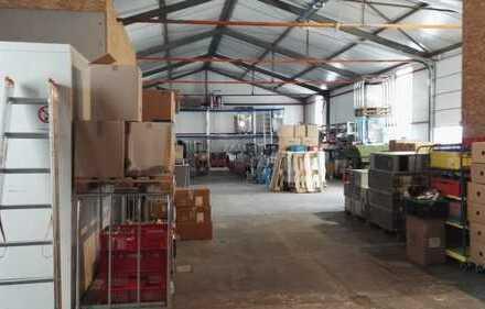 Perfekte Gewerbehalle mit Büro, ca. 400 qm, sehr günstiger Mietpreis