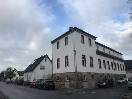 Sandhausen Erstbezug nach Sanierung: schicke 2 ZKB im EG. mit kleiner Terrasse