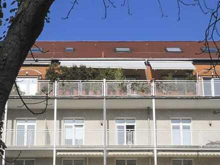 Großzügige 4 Zimmer-Maisonette-Eigentumswohnung mit großer Dachterrasse und TG-Stellplatz