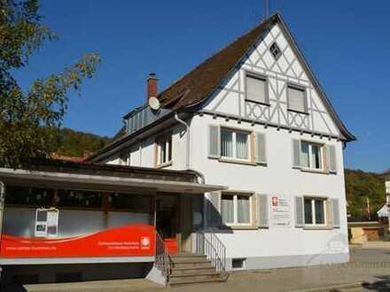 Wohn- und Geschäftshaus in guter Lage von Tiengen