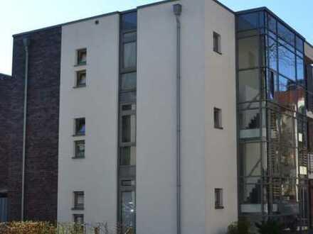 Exklusive stilvolle 3-Zimmer-DG-Wohnung mit Balkon in TOP-Lage von Oldenburg