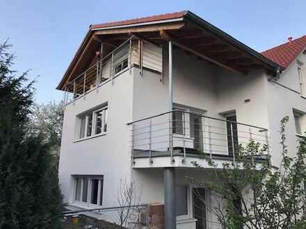 Stilvolle, neuwertige 3-Zimmer-Wohnung mit Terrasse und EBK in Heilbronn