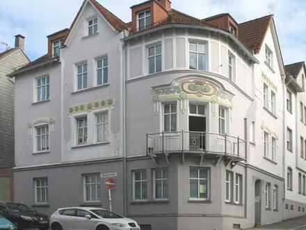 Helle Wohnung im 2. OG, 1 Wohn- und Schlafraum, Bad und Flur, ca. 40m², Nähe Stadtzentrum