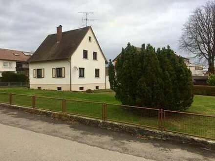 Idyllisches Haus mit großem Garten im Bodenseekreis, Friedrichshafen
