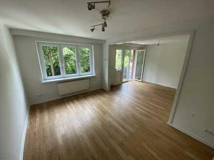 Sehr schöne und neuwertige 3-Zimmer-Wohnung mit Balkon in Barmbek-Süd direkt am Schleidenpark