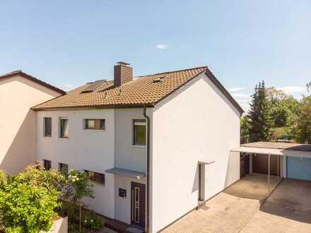 EDINGER IMMOBILIEN - Erdgeschosswohnung mit Garten und Garage