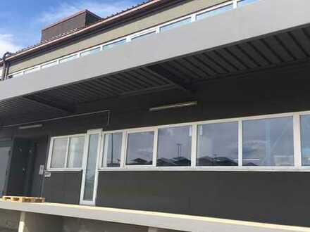 1. OG: 400 m² Lagerfläche + optional 120 m² Büro