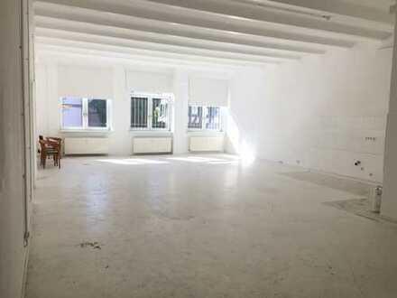 NEU*Loftige Räume als Atelier, Fotostudio, etc *Deckenhöhe ca. 5 m