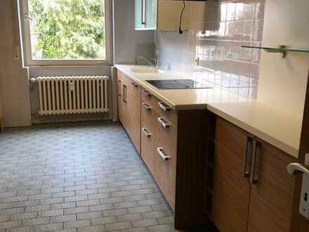 Stuttgart-Vaihingen großzügige 5 Zimmerwohnung