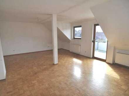 Helle und freundliche 3 Zimmer Wohnung im Zentrum von Dettingen mit Weitblick !!