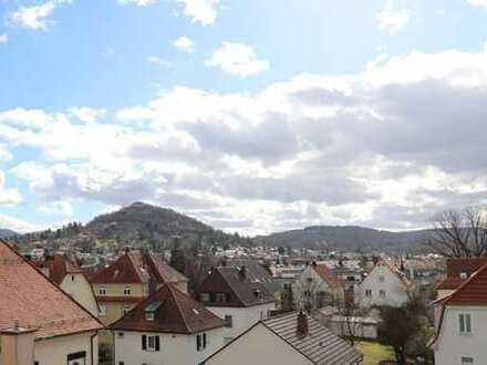 2,5-Zimmer-Wohnung mit Dachterrasse und traumhaft schöner Aussicht
