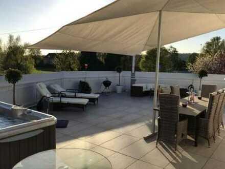 Modernisierte 3,5-Zimmer-Penthouse-Wohnung mit Balkon und EBK in Rheinfelden (Baden)