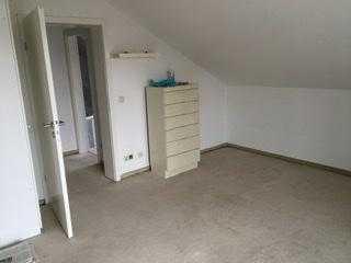 WG Zimmer (2 Zimmer frei), Wohnzimmer, Küche, Balkone, Garten zur Mitbenutzung.
