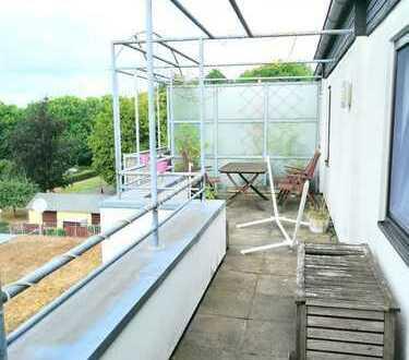 2-Zimmer Terassenwohnung mit EBK und zusätzlichem Balkon