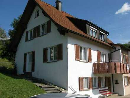 4-Zimmer-DG-Wohnung mit Einbauküche in Haiterbach