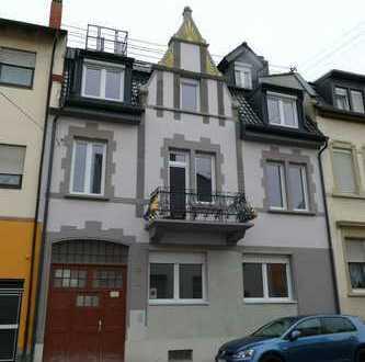 Kapitalanlage: Alte Mauern – neuer Kern! Kernsanierte Altbauwohnung auf gehobenem Neubau Niveau