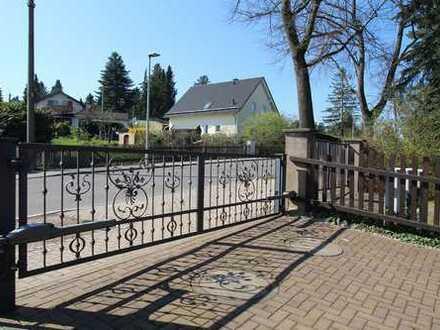 Adelsberg - Großzügiges Einfamilienhaus mit 740 m² Grundstück
