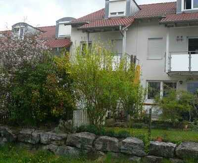 Ansprechendes und gepflegtes 5-Zimmer-Reihenhaus zur Miete in Ehningen, Ehningen
