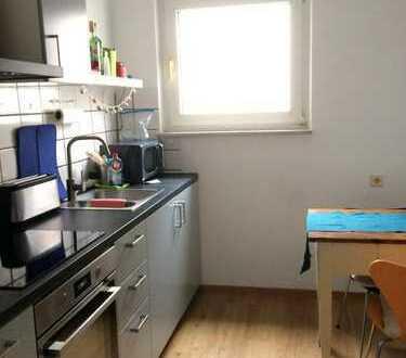 NachmieterIn für Zimmer mit 18 m² in 2er-WG