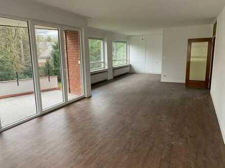 Erstbezug nach Modernisierung mit Balkon: schöne 5-Zimmer-Wohnung in Lindenthal, Köln