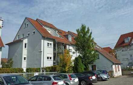 Zentrale und ruhige 2,5-Zimmer-Wohnung ab Oktober