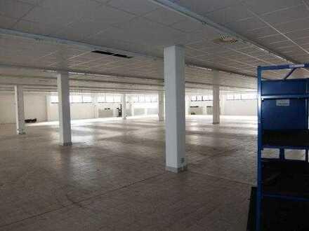 25_VH3658 Verkaufs- oder Lagerfläche für vorrübergehende Anmietung / Schwarzenfeld