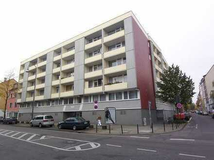 Großes 1 - Zimmer Appartement mit Balkon