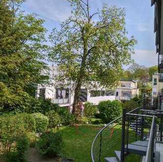 Balkon, Terrasse, Gartenanschluss: Exklusive 5-Zimmer-Wohnung in Essen-Bredeney