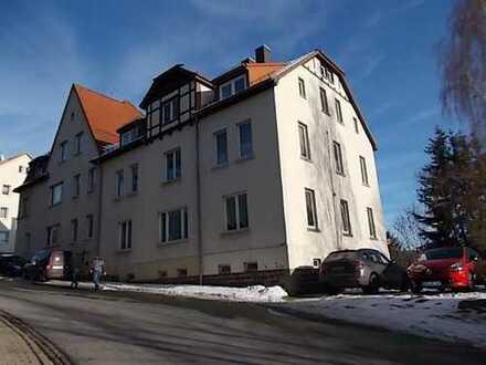 ++ 5 Raum Dachgeschosswohnung, lichtdurchflutete Wohnräume ++