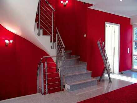 - Doppelhausvilla in Lichterfelde - eine sehr gute Lage - jetzt kaufen und Ende 2019 hier wohnen -
