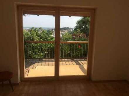 Schönes Einfamilienhaus in wunderbarer Lage und Blick über Deggendorf