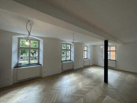 Erstbezug nach Sanierung mit Balkon: exklusive 4,5-Zimmer-Wohnung in Bamberg