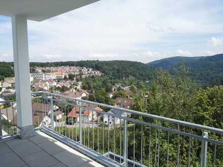 Gepflegte Wohnung mit drei Zimmern und Balkon in Neuenbürg