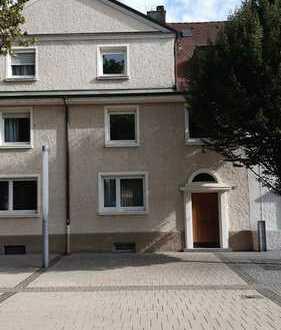 2-Generationen-Haus oder Wohnen mit kleiner Büroeinheit in TOP-Lage in Rheinfelden