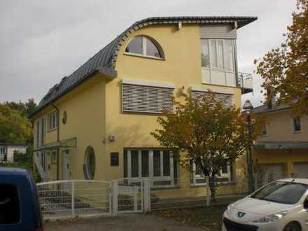Tolle 3-Zimmer-Wohnung für Gewerbe/Wohnen im Herzen von Hermsdorf
