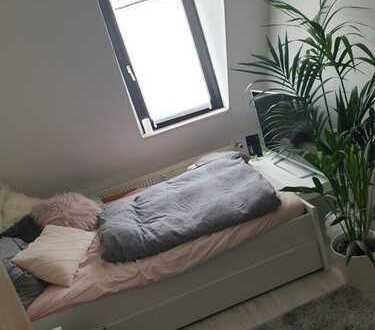 Möbiliertes Zimmer in 2er WG, perfekte Lage, unbefristet