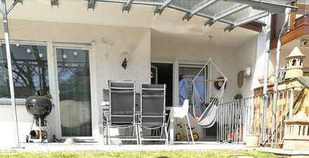 2-3 Zimmer-Wohnung mit Terrasse und Garten - neu renoviert-
