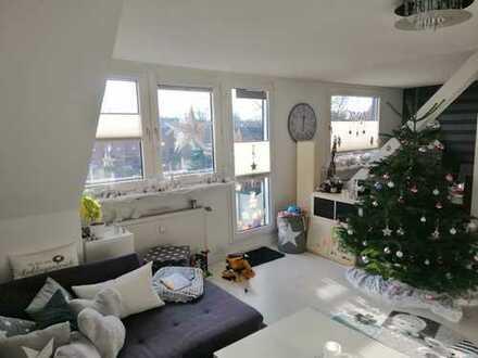 Gepflegte 3,5-Zimmer-Maisonette-Wohnung mit Süd-Balkon in Essen